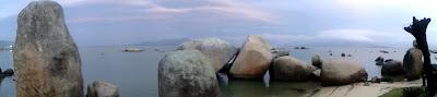 O Mago Julio Pithon e o maen hir = pedra longa  do Itaguaçu.