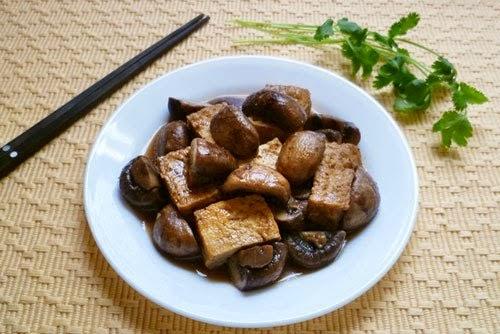 Cách làm đậu phụ om nấm hương ~ Món chay ngon