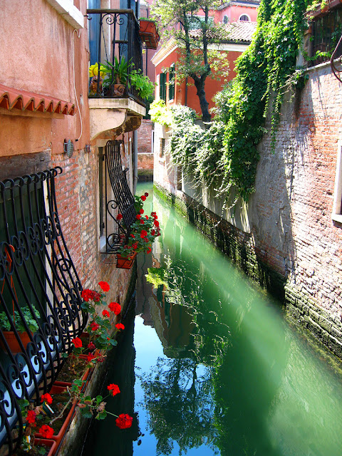 Narrow canals of Venice, Italy