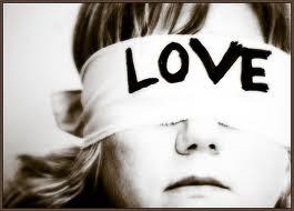 Há sempre alguma loucura no amor. E um pouco de razão nessa loucura. (Nietzsche)