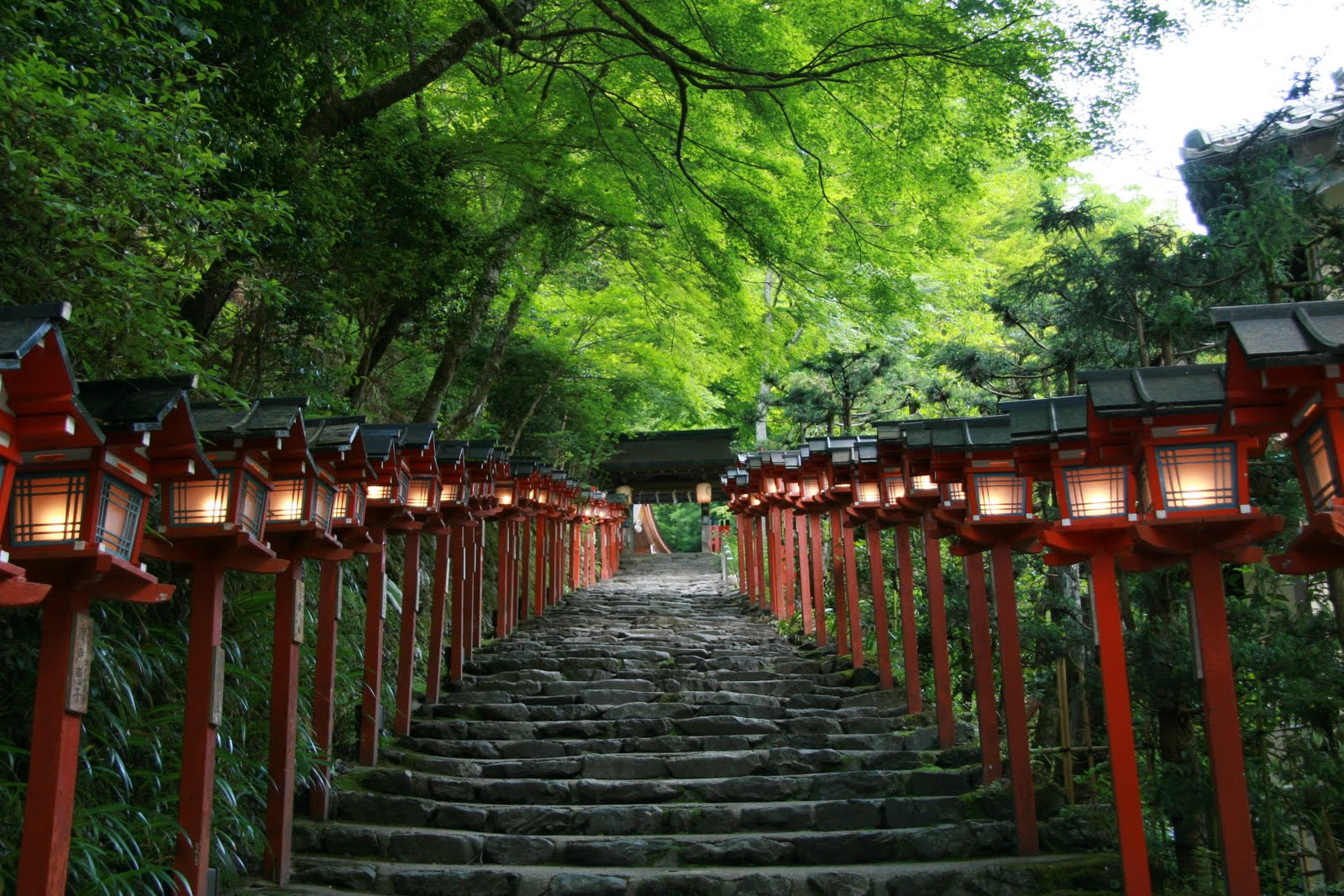 Who is afraid of visiting Japan: Kibune (Kifune ) is relaxing and cool place ...