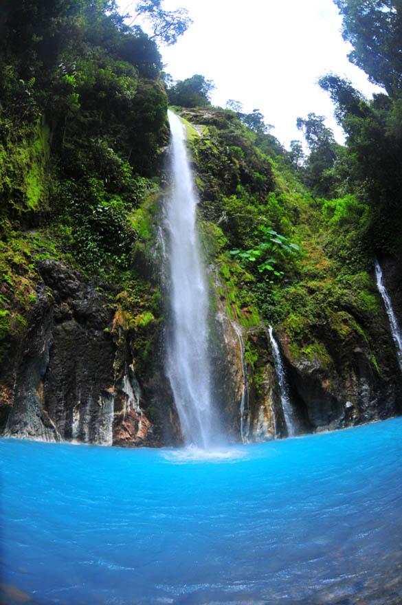 Download this Air Terjun Dua Warna... picture