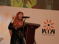 "PERNYATAAN MUSLIMAH HIZBUT TAHRIR INDONESIA, KONGRES IBU NUSANTARA 3 (KIN) 2015 ""Negara Perisai Hakiki Bagi Ibu dan Anak"""