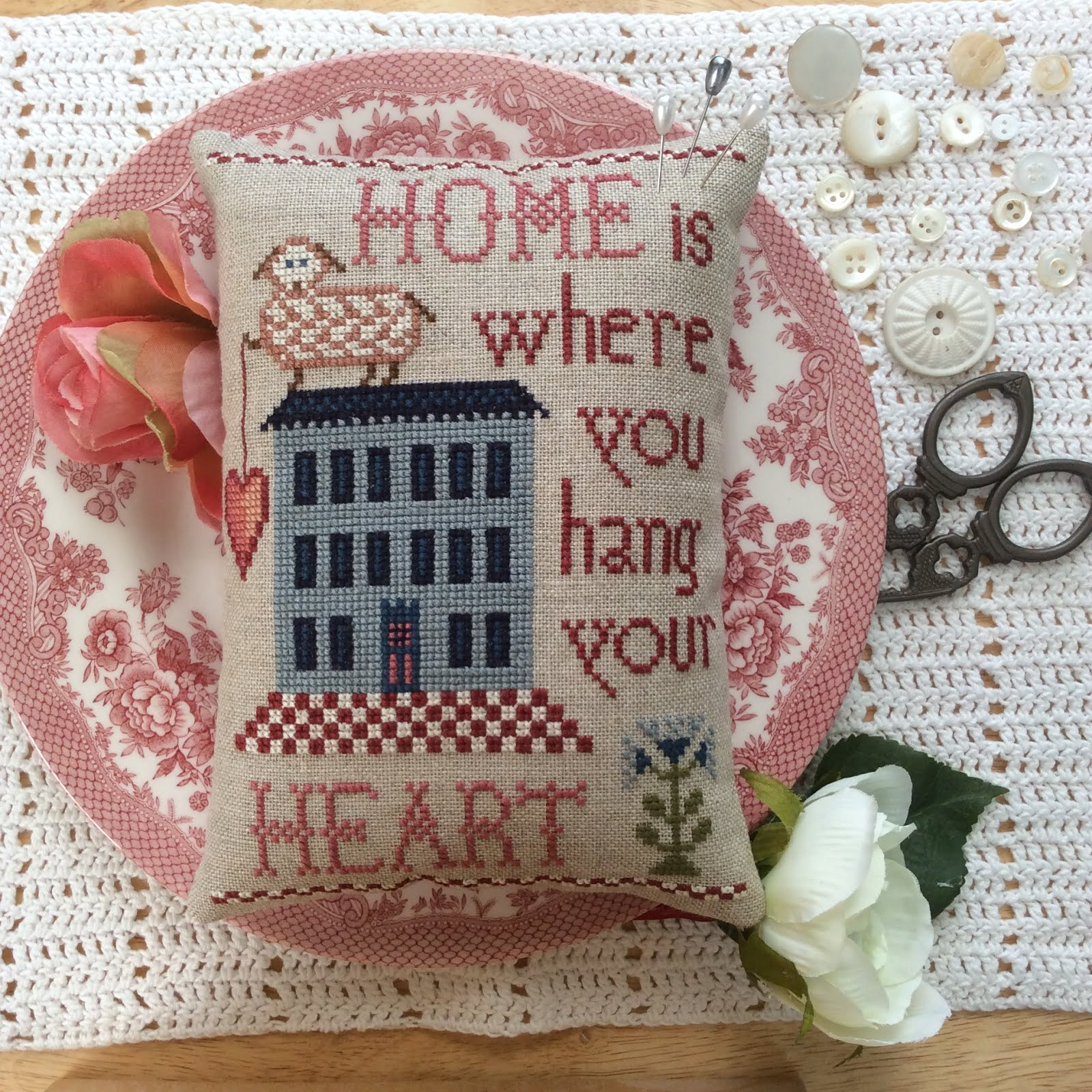 NW-32 Home is Where You Hang Your Heart