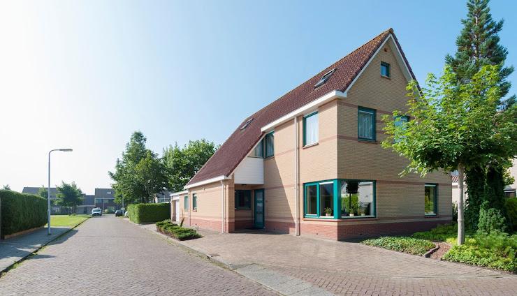 Te koop: Grote vrijstaande woning, Boeier 1, Stiens, € 324.500,- k.k.bij Germeraad Makelaars Stiens