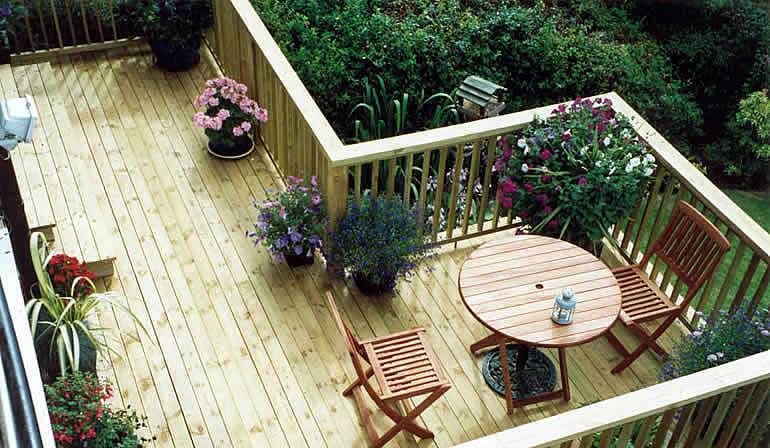 Garden decking designs exclusive garden design for Images of garden decking designs