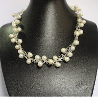 Pearls Necklace by MagsBeadsCreation