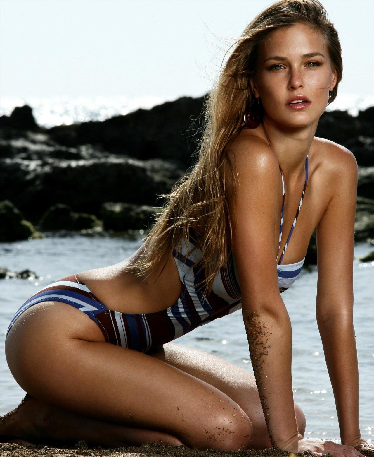 http://4.bp.blogspot.com/-_tu0sjy2q2s/UN-BtA2ibEI/AAAAAAAAAMY/_LqiDIp7YQs/s1600/bar-refaeli-sexy-1865809078.jpg