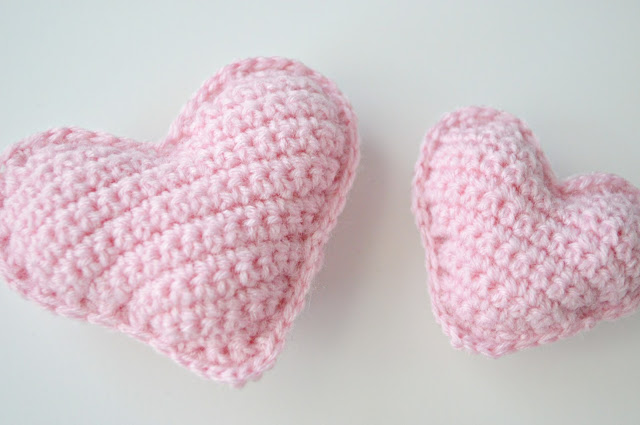 Crochet Heart : Crochet stuffed hearts