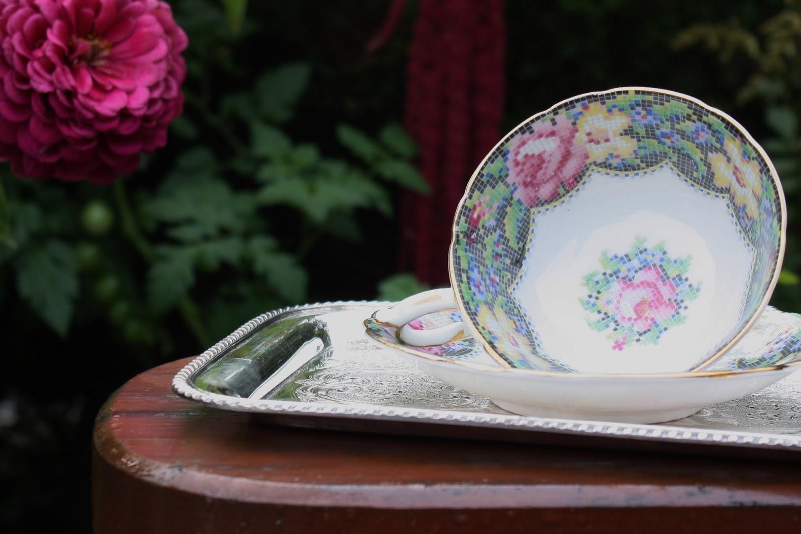 September Violets: Grandma\'s Teacup