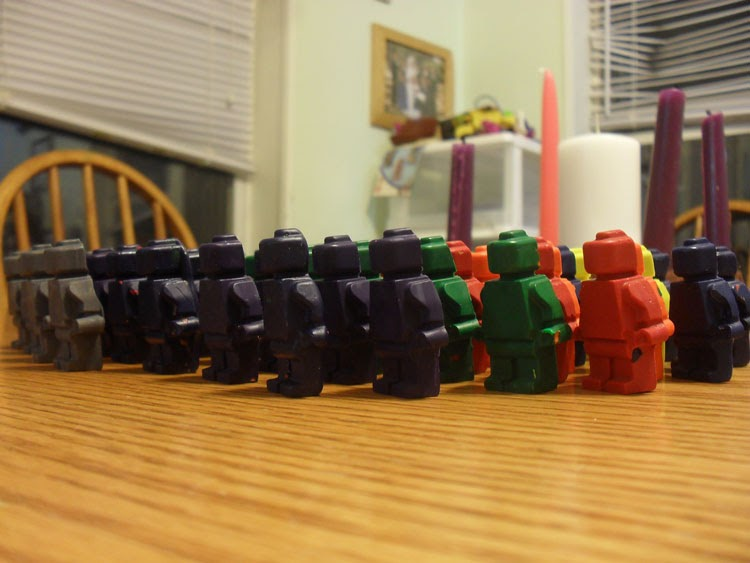 Our Home On The Range Make Your Own Lego Army Of Crayons