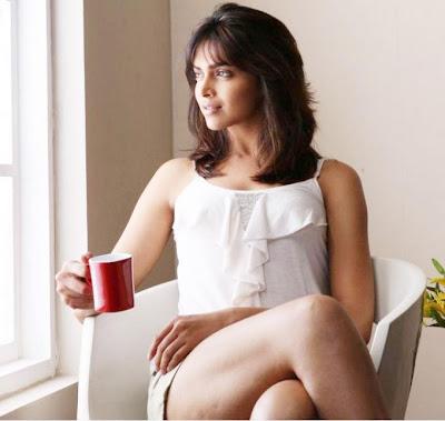 Bollywood Actress Deepika Padukone Hot Photoshoot Bangla