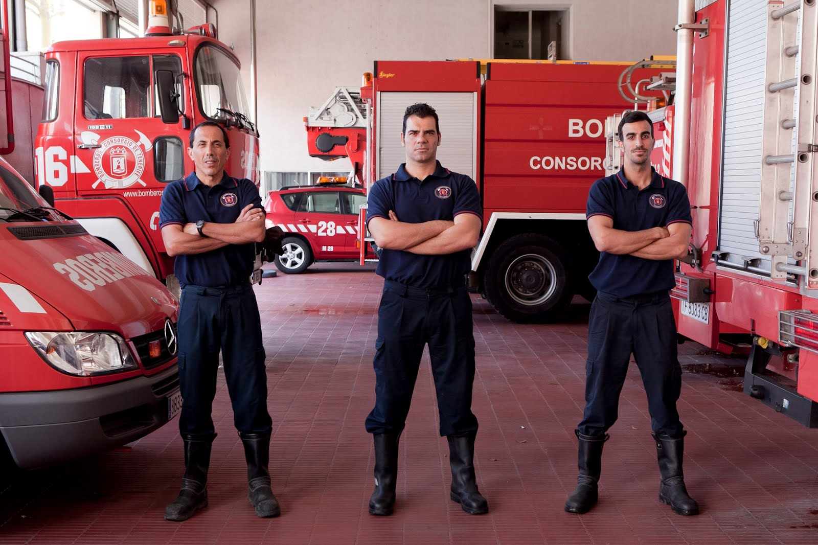 Invierten casi 150.000 euros en el nuevo vestuario contra incendios de Bomberos de Tenerife