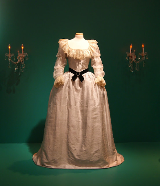 Stanley Kubrick: The Exhibition at TIFF Bell Lightbox in Toronto, culture, film, movies, director, filmaker, art, artmatters,ontario, canada, the purple scarf, melanieps, props, costumes, barry lyndon