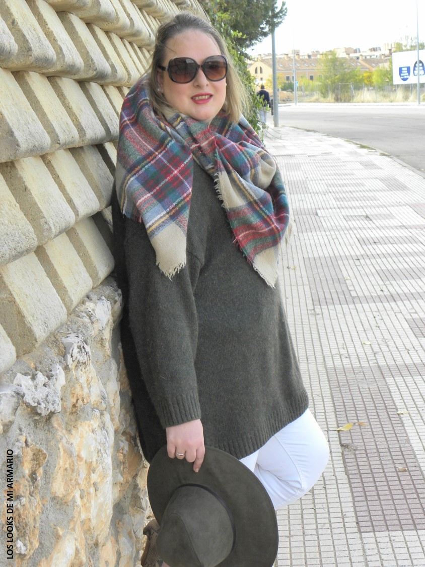 Chunky sweater fashion look curvy los looks de mi armario for Manta punto gordo