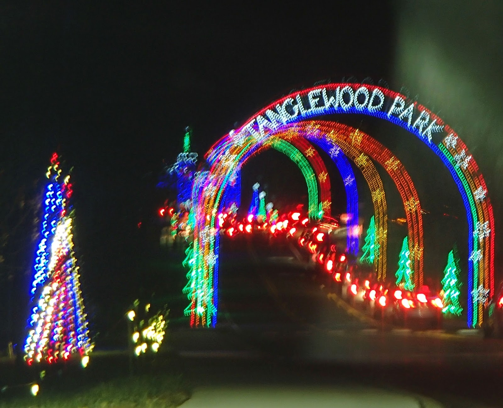 Tanglewood Festival of Lights | Navigating Hectivity by Micki Bare