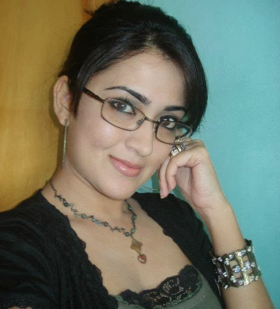Pakistani+Beautiful+Girls+New+Photos005