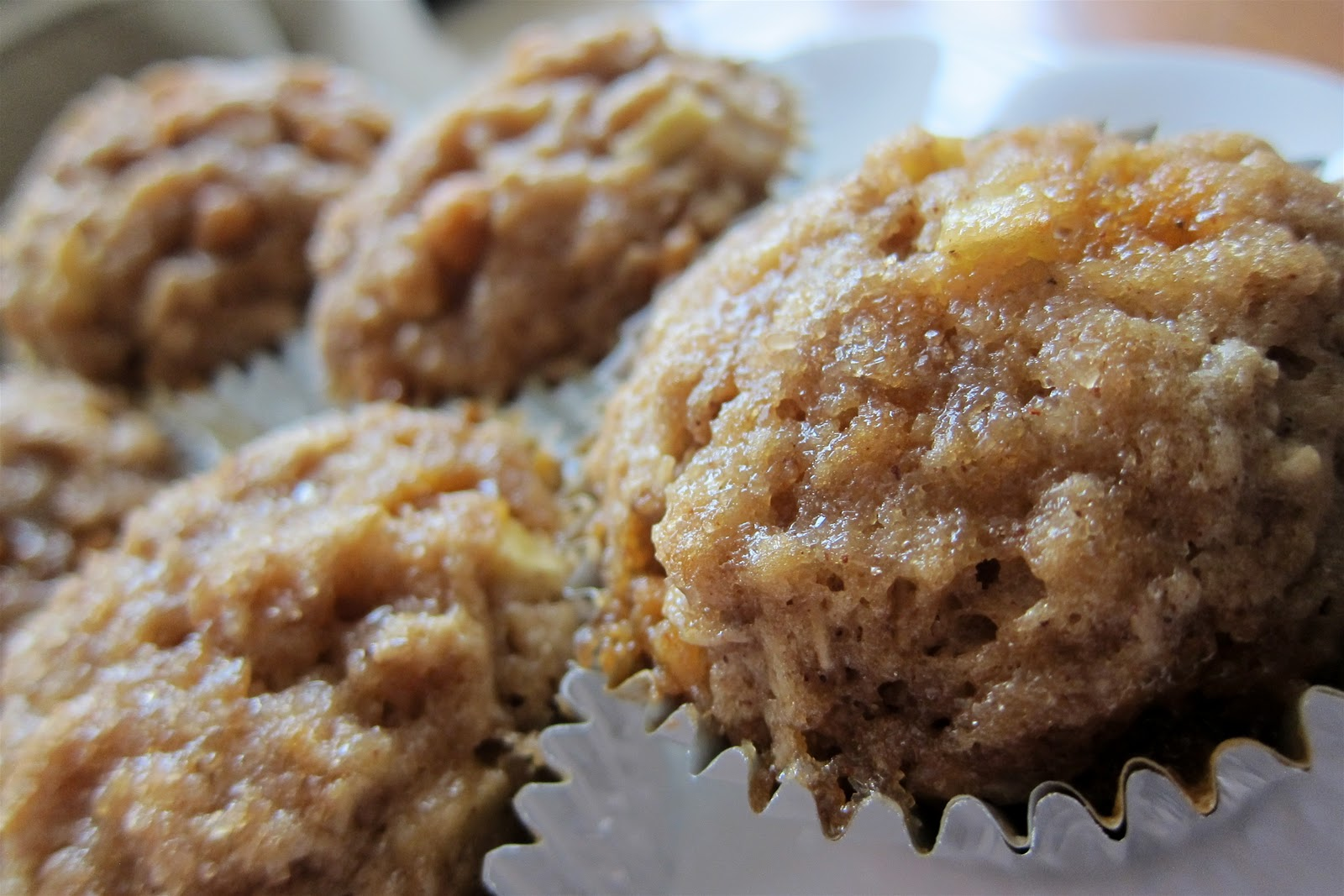 Mag-Pie's & more: Apple Cinnamon Butterscotch Muffins
