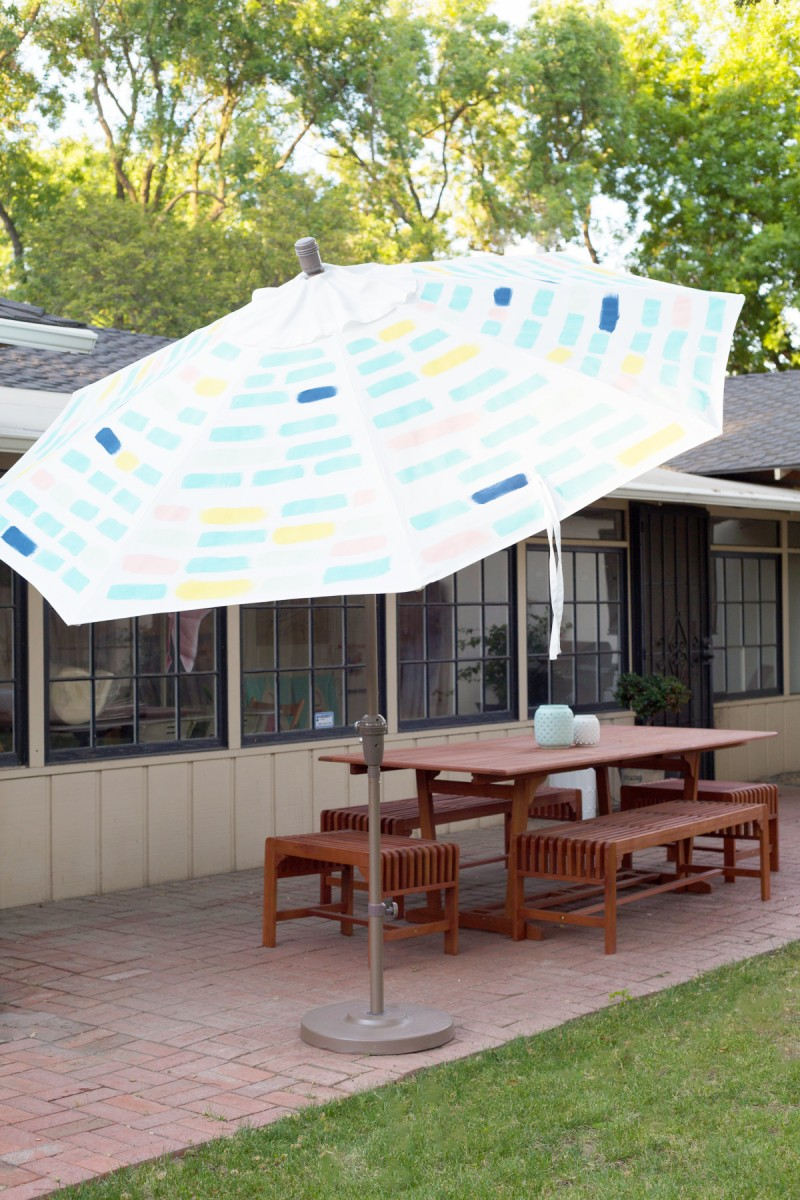 Diy Painted Pattern Patio Umbrella Do It Yourself Ideas And Projects