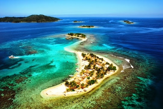 Cayos Cochinos Honduras cochinos island