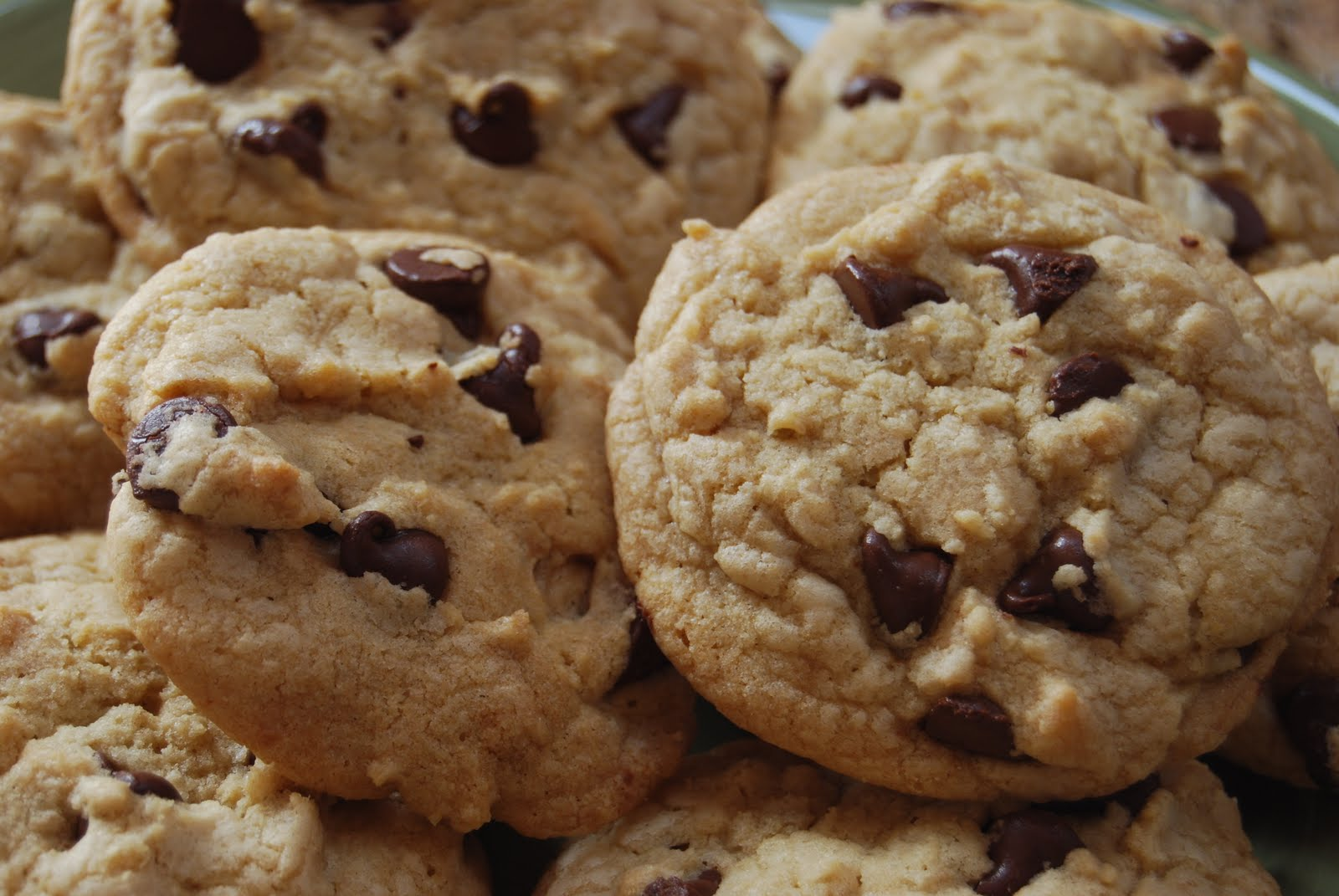 thick chewy chocolate chip cookies source brown eyed baker originally