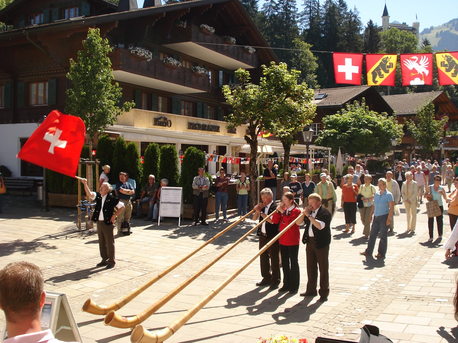 The Alpine culture is alive and well in Gstaad! Photo: Gstaad Saanenland Tourismus.