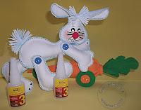 Crafts Coelho na cenoura de E.V.A