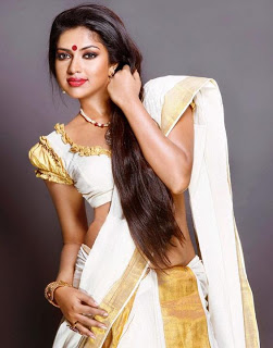 Girls Wear Sexy Saree