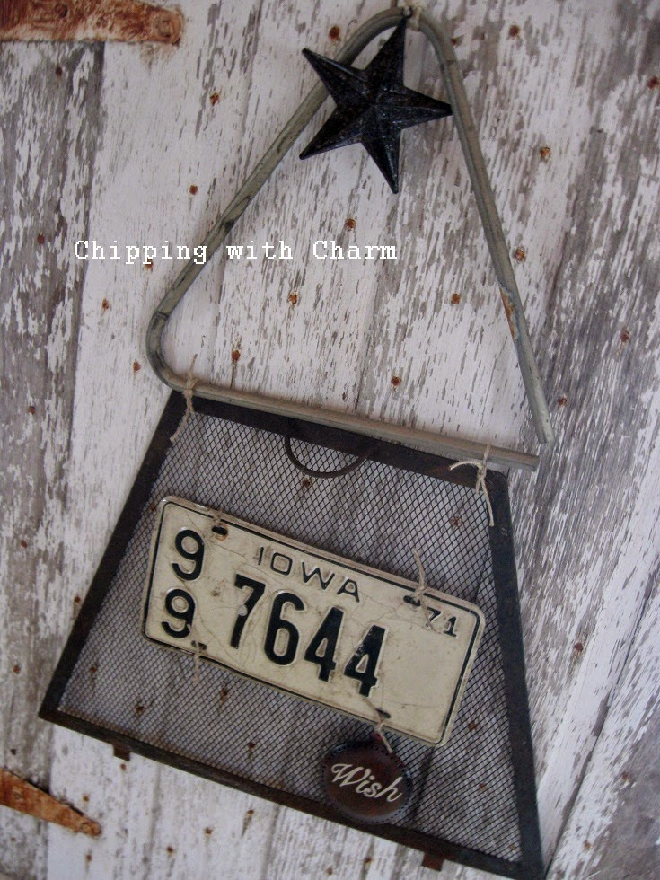 Chipping with Charm:  Simple Junk Tree...http://chippingwithcharm.blogspot.com/
