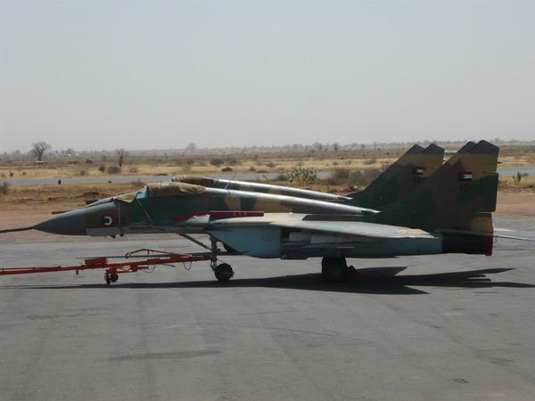 نقاش : كيف تتصدي السودان لهجمات اسرائيل الجوية ؟ - صفحة 6 SUDAN+MIG-29+612