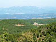 Rocabruna amb el Prepirineu al fons, des de Postius