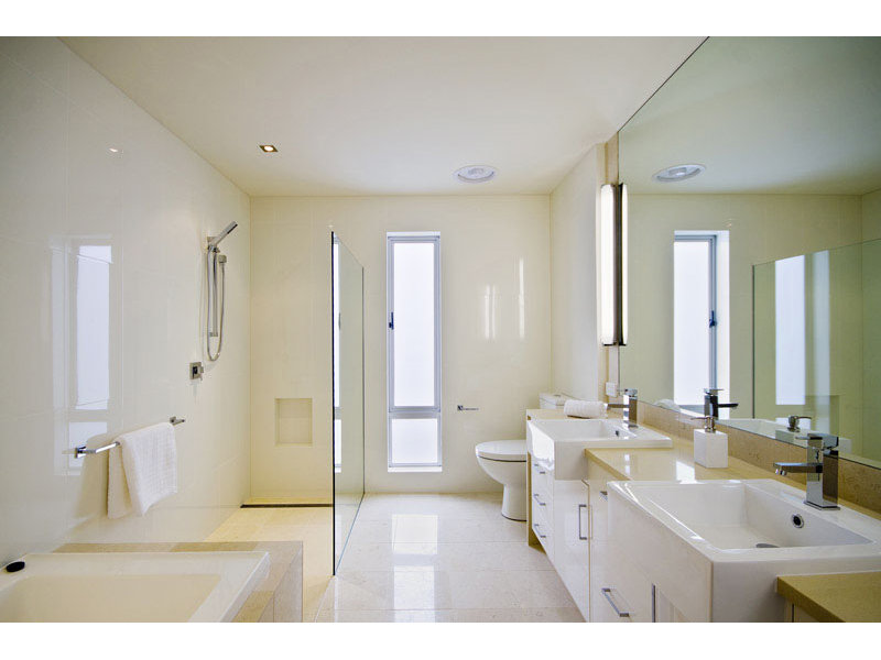Keep Your Bathroom Clean Liberti Magazine - How to keep your bathroom clean
