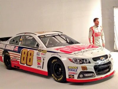 Dale Jr. with his 2014 National Guard Chevy (#88)