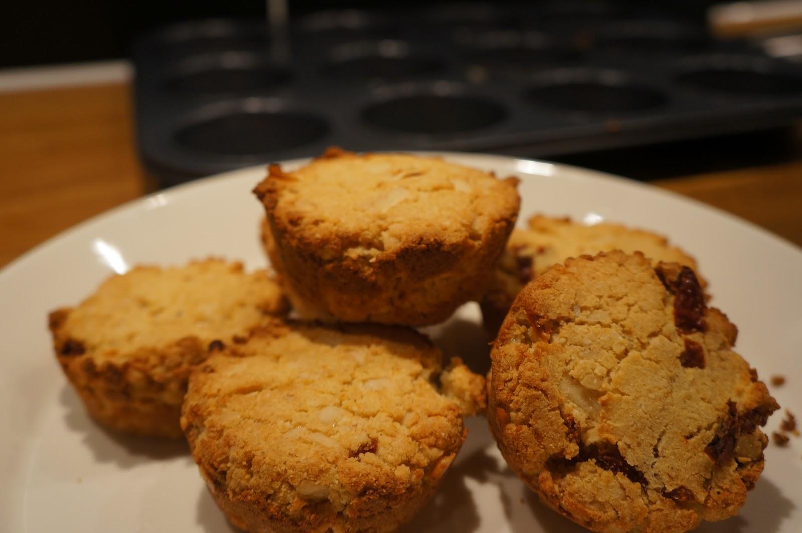 Recept på matiga muffins med västerbottenost