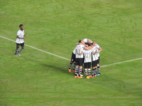 Na terra do balé, Corinthians dita o ritmo e vence o JEC