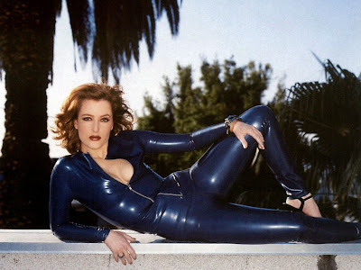 X-Files Scully in Tight Blue Latex Catsuit