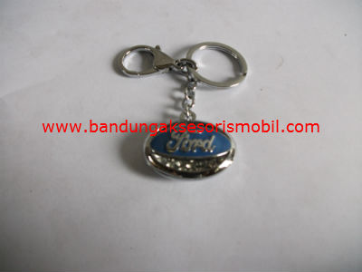 Gantungan Kunci Berlian + Logo Ford