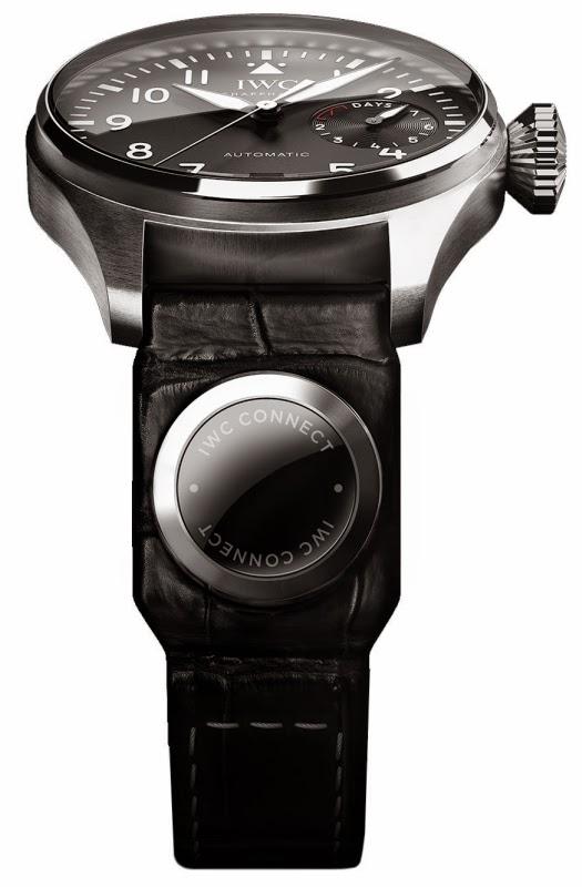 5ef1a826f4e A ideia por trás desta inovação é permitir aos proprietários de relógios IWC  controlar o seu ambiente interconectado diretamente através do pulso