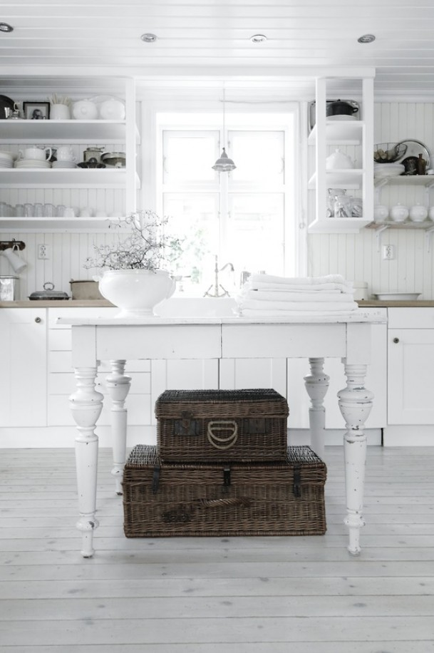 Shabby Chic Con Amore - Casa Shabby Chic.: Cucina tutta bianca ...