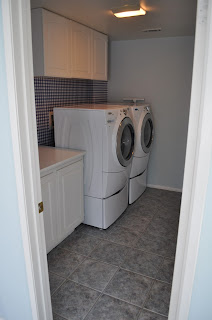 laundry room, laundry, doing clothes