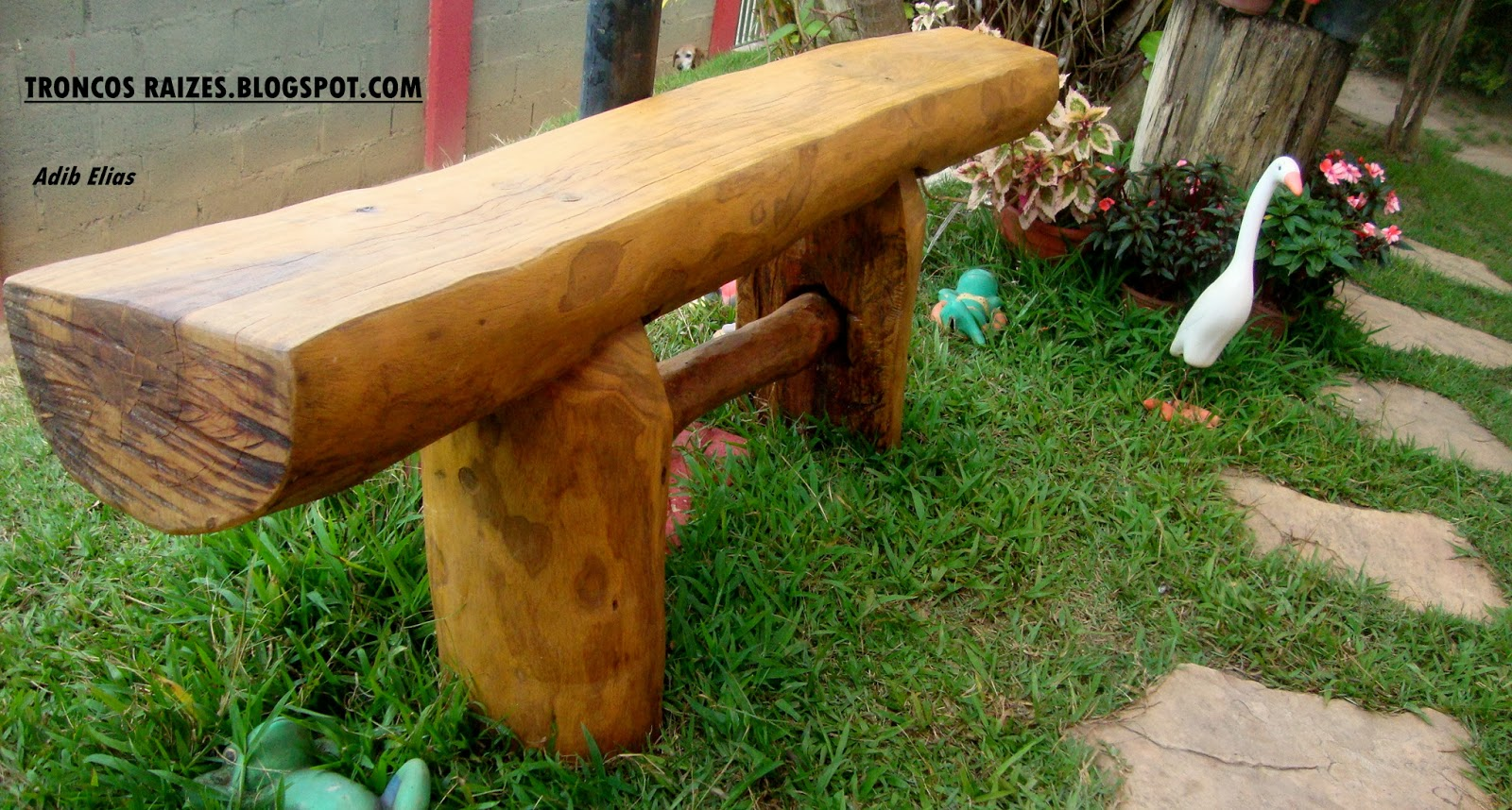 de jardim rustico:Banco rústico para jardim em madeira reciclada de  #6F3D0F 1600x858