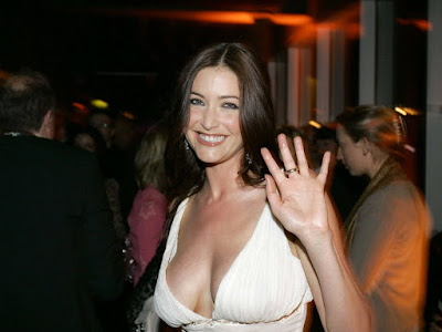 Lisa Snowdon Sexy Wallpaper