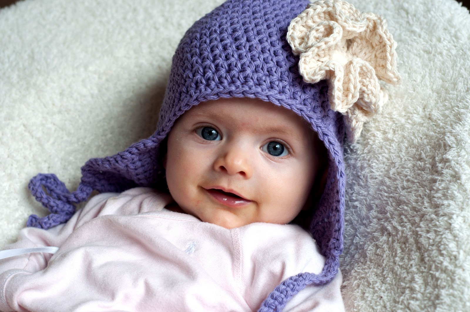 Crochet Patterns For Baby Hats And Booties : Aesthetic Nest: Crochet: Ruffled Rose Earflap Hat for Baby ...