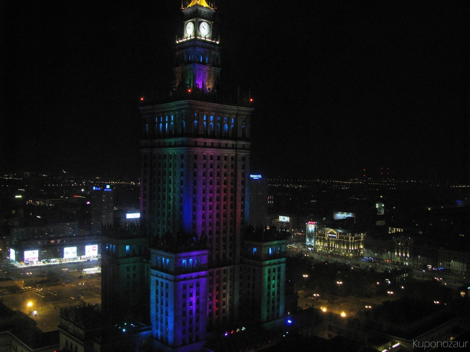InterContinental Warszawa widok na Pałac Kultury i Nauki w nocy