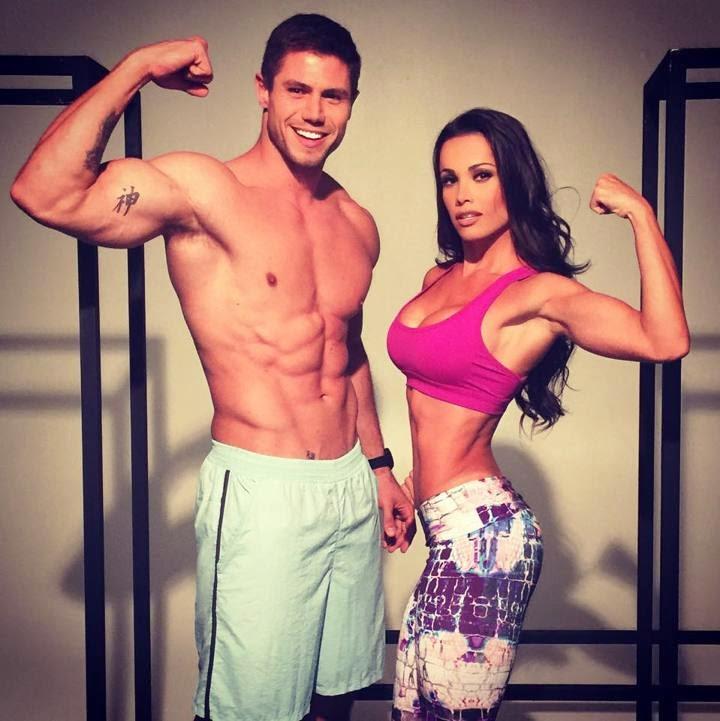 Fernanda D'Avilla e Jonas Sulzbach mostram os corpos sarados para campanha de moda fitness. Foto: Divulgação