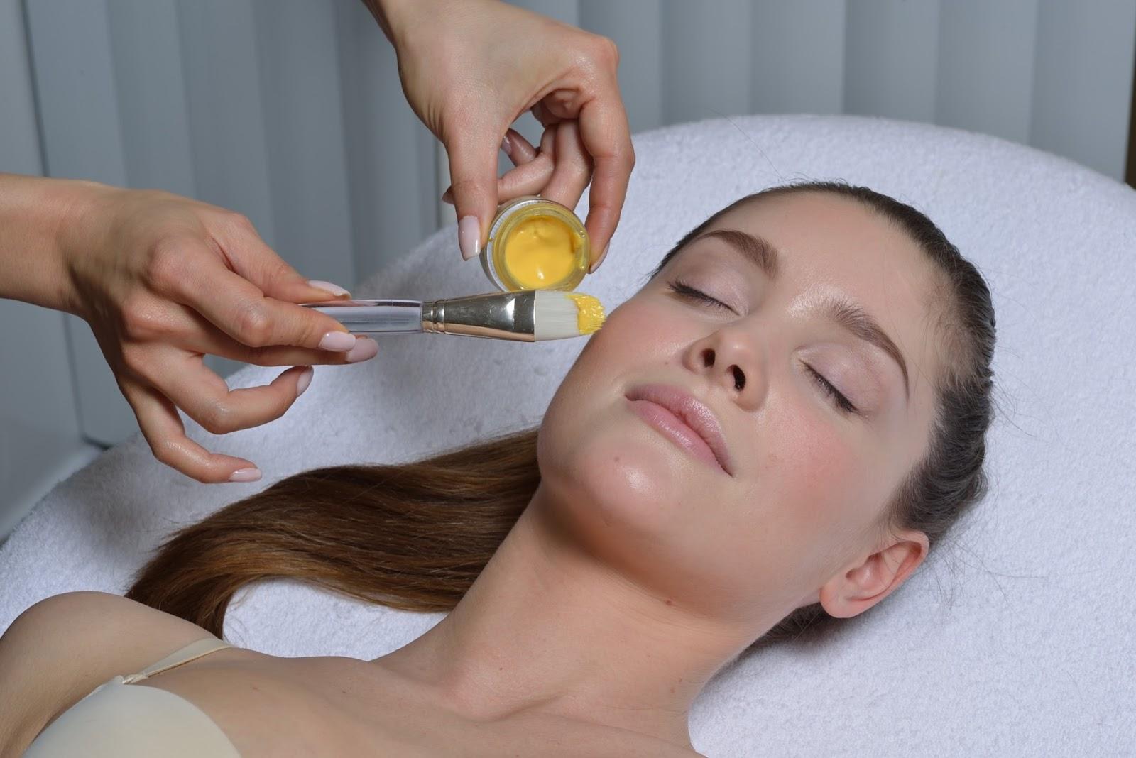 laser lounge clinic желтый пилинг