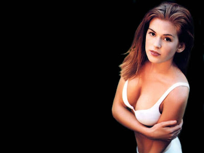 Isla Fisher Hot Wallpaper