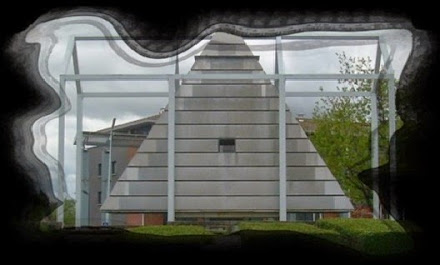 Illuminati Pyramide Frankreich