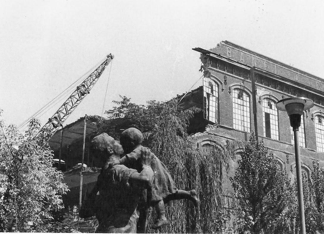La demolizione della De Angeli Frua (1896-1974)