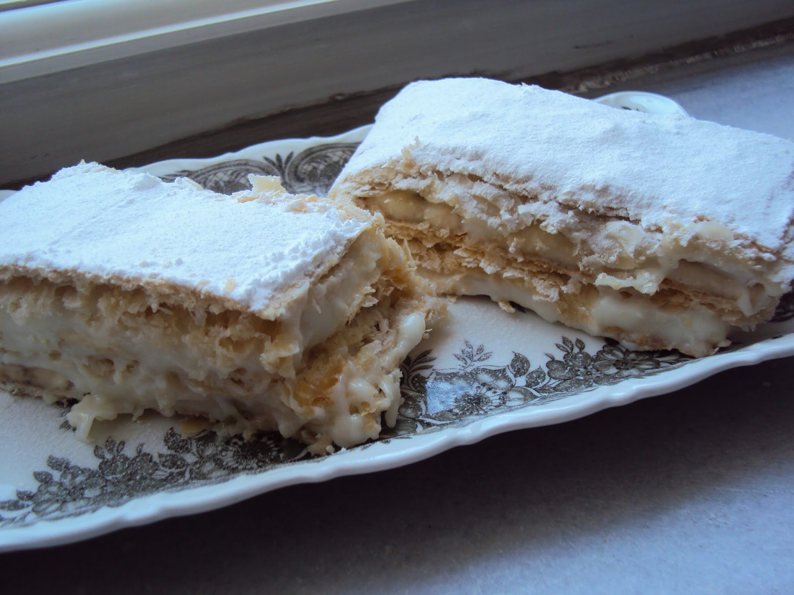 Çilekli Milföy Pasta